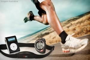 Relógio-monitor cardíaco