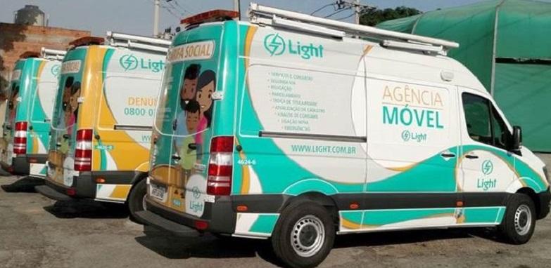 Foto do carro da Agência móvel da Light