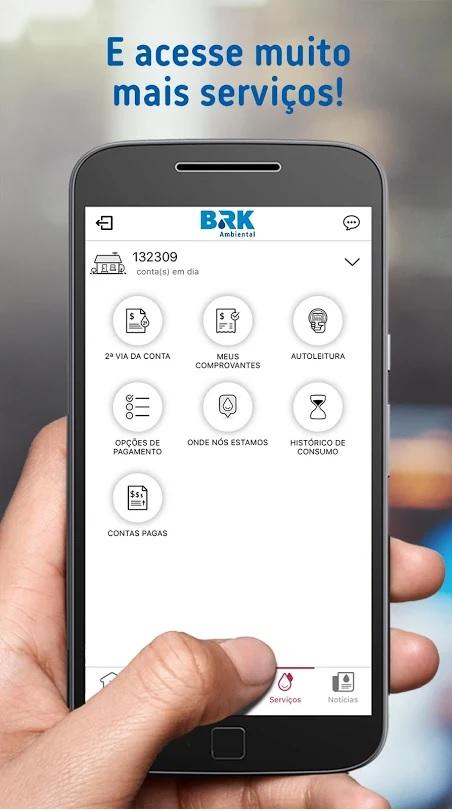 Imagem de Smartphone usando o AplicativoBRK Ambiental