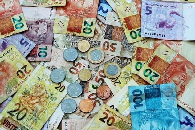 Foto do Dinheiro para pagar a Celpa 2 via