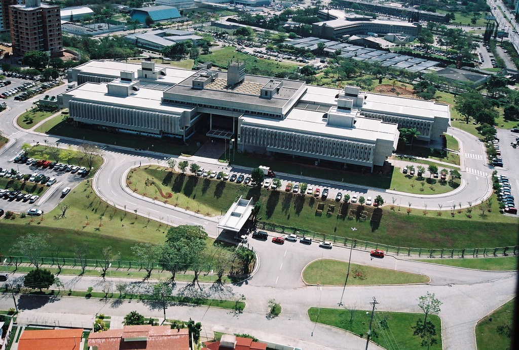 2 Via fatura Celesc - Foto da Sede da Companhia de luz de Santa Catarina