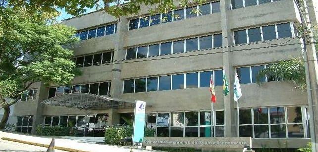 Foto da Sede da Companhia Catarinense de Águas e Saneamento